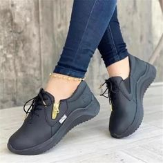 2021 Autumn and winter new leisure sports viscose shoes spot low-top Leisure sports pure color round head single shoe Wedge Heel Sneakers, Wedge Loafers, Sneaker Heels, Womens Flats, Womens Slippers, Basket A Talon, Summer Sneakers, Comfortable Flats, Types Of Shoes