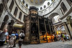 The Aedicule, which houses Christ's tomb and the site of his resurrection / Jlascar, Wikipedia