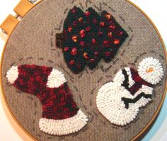Making Rug Hooked Ornaments