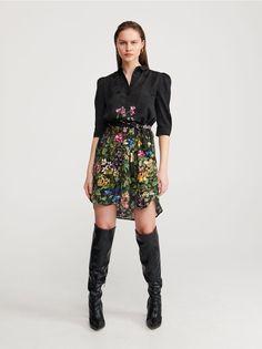 Vásárolj online! Női ruha, RESERVED, ZI647-99X Knee Boots, Short Dresses, Lady, Floral, Skirts, Clothes, Fashion, Dress Ideas, Fashion Ideas