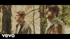 The Chainsmokers- Don't Let Me Down (Official Video) ft. Daya Itunes: http://smarturl.it/DLMDItunes Spotify: http://smarturl.it/DLMDStream Beatport: http://s...