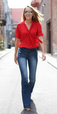 Calça flare de cintura alta é uma das promessas para o verão e Gloria Kalil dá o guia para aderir no dia a dia | Chic - Gloria Kalil: Moda, Beleza, Cultura e Comportamento