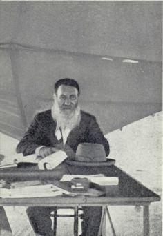 Genl. P. J. Joubert War Novels, Cool Photos, Interesting Photos, Free State, Aircraft Carrier, My Heritage, African History, Ancestry, Warfare