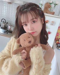 Our social Life Korean Girl Photo, Cute Korean Girl, Cute Asian Girls, Beautiful Asian Girls, Cute Girls, Pelo Cafe, Peinados Pin Up, Ulzzang Korean Girl, Uzzlang Girl