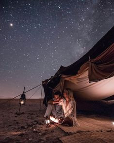 travel couple Love Stories: Marie Fe and Jake Snow Travel Goals, Travel Advice, Coach Travel, Travel Purse, Travel Trip, Travel Backpack, Time Travel, Places To Travel, Travel Destinations