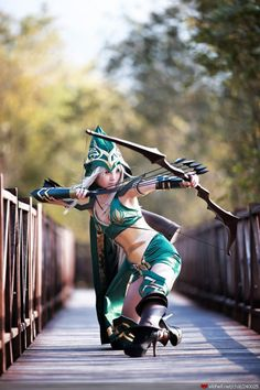 This is an amazingly good cosplay of Sherwood Ashe from League of Legends. And what a great photo!