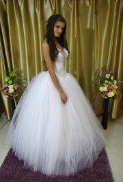Gina tüll menyasszonyi ruha