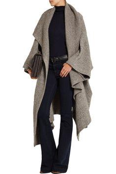 Gilet hiver avec manches pantalon noir  chemise noir sac marron