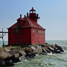 Canal Station Lighthouse by Mike Kukulski, via 500px.