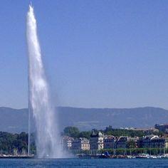 Geneva and its Lake | The Water Fountain #geneva #ttot #visitgeneva #geneve #swissriviera #switzerland #genevacity #bainsdespaquis #citybreak#switzerland #lacdegeneve #lac #riviera #luxurytravel #lakegeneva #lacleman#genevalake  #hotelview#peace #view #genevacity #monument #lacleman #genevalake #hotelview #peace #view #phare #mountain #igersuisse #uno  #waterfountain  #bfmgeneva #visitgeneva #swan #cygnes Geneva City, Lake Geneva, Water Sculpture, City Break, Luxury Travel, Niagara Falls, Swan, Switzerland, Fountain