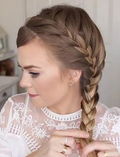 Tree Braids Hairstyles, French Braid Hairstyles, Try On Hairstyles, Braided Hairstyles Tutorials, Winter Hairstyles, Trending Hairstyles, Short Hair Styles Easy, Short Hair Updo, Box Braids Pictures