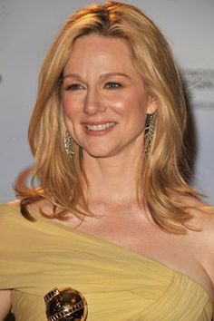 Laura Linney.  One good actor.  (ess)