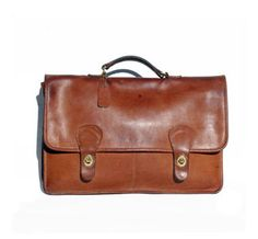 Coach Brown Briefcase - looks JUST like the briefcase I bought in Italy 20 years ago! Perfect example of a classic!