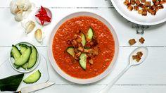 Varm gazpacho med strimlet svinekjøtt - Sunn - Oppskrifter - MatPrat