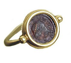 BULGARI Jewelry AN008814 | Bvlgari Yellow Gold Flip Ring With Ancient Coin