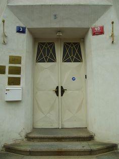Cubism door, praha