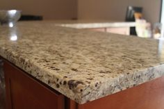 #Granit ist sehr beständig gegen Flecken (Wein, Kaffee, Fett ..), mechanische Beschädigungen, kratzen und schlagfest im Allgemeinen  http://www.granit-treppen.eu/granitarbeitsplatten-natuerliche-granitarbeitsplatten