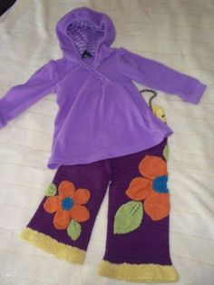 3. Wool longies - are multi-purpose diaper covers and pants...and they are super cute. This pair was made by Lynne of Cabbages & Kings.   #clothdiapers #nopins