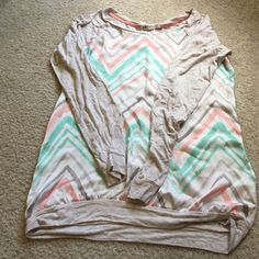 JOLT Cute Pastel Color Top! Long Sleeves. Soft material. Mint and Coral colors. Size Medium. Jolt Tops