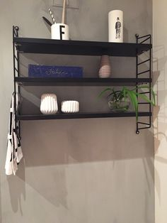 String shelf , random