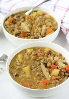 Jamaican Gungo Peas Soup (Pigeon Peas) Vegan Warm and hearty soup, perfect for cold weather!