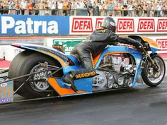 "The fastest moving vehicle on two-wheels in the world, ""Gulf Top Fuel Drag Racing Bike"" has arrived Mumbai. Packed with 1,500Hp engine, this bike takes less than 6 seconds to reach its peak speed of 402.8kmph."