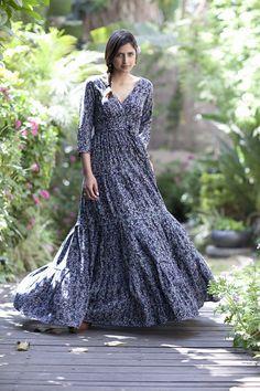 Maxi robe avec des manches longues soirée Urban Hippie robe