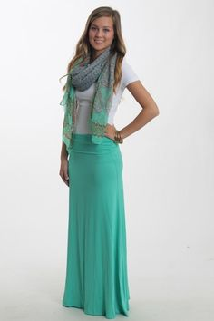 Love it <3 I'm not really a skirts and dress type person, I love jeans. But I wouldn't mind wearing a maxi skirt. I mean, they look do comfortable :3