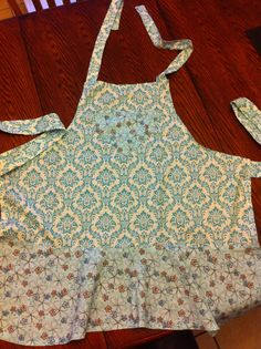 Flowered Apron by TheRobinNest12 on Etsy, $25.00