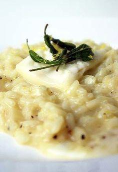 Il risotto con taleggio e pere, la ricetta gustosa