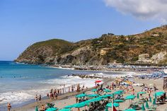 The best beaches in Liguria discovered during our ten years in Turin. Liguria is the weekend escape for Italians living in Turin and Maria (my wife) and I spent our summer weekends exploring...