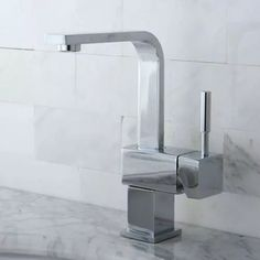 Modern Carnell Single Handle Polished Chrome Bathroom Sink Faucet | Zuri Furniture #ZuriFurniture