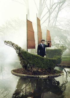 Incredible boat hedge.