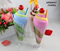 Cheap gift pop, Buy Quality gift packaging and accessories directly from China souvenir knife Suppliers: Mini Cake Towel Goblet ice cream Design Small Kerchief Towel + Gift Box Wedding gift Baby shower gift souvenirs Homemade Gifts, Diy Gifts, Towel Origami, Party Deco, Towel Animals, How To Fold Towels, Towel Cakes, Gift Cake, Cute Gifts