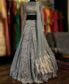 Wedding salwar suits - New Designer Lehenga 16 Indian Fashion Dresses, Indian Bridal Outfits, Indian Gowns Dresses, Pakistani Bridal Dresses, Dress Indian Style, Indian Designer Outfits, Indian Wedding Gowns, Punjabi Wedding, Designer Bridal Lehenga