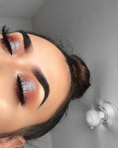 Shimmery and Natural Summer Makeup - Make-Up - Eye Makeup Makeup Goals, Makeup Inspo, Makeup Ideas, Makeup Tips, Makeup Tutorials, Makeup Hacks, Makeup Geek, Makeup Style, Gorgeous Makeup