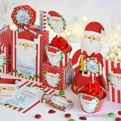Todo Bonito (@todobonito) • Fotos y vídeos de Instagram Disney Christmas Decorations, Holiday Decor, Christmas 2019, Ideas Para, Decoupage, Minnie Mouse, Gift Wrapping, Ideas Geniales, Ely