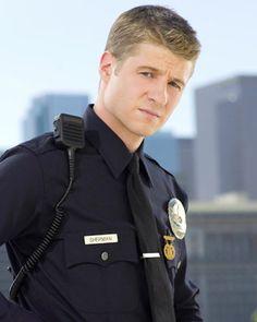 Ben McKenzie to Play Commissioner Gordon in GOTHAM