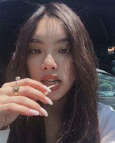 Estilo Harajuku, Celebrity Makeup Looks, Ulzzang Makeup, Western Girl, Asian Makeup, Korean Natural Makeup, Uzzlang Girl, Face Facial, Cute Girl Face