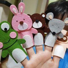 Felt Puppets, Puppets For Kids, Felt Finger Puppets, Felt Crafts Kids, Preschool Crafts, Finger Puppet Patterns, Diy Quiet Books, Felt Bookmark, Frog Crafts