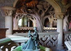 C'est superbe à l'intérieur du Château de la Belle au Bois Dormant