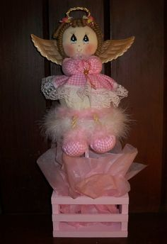 Cute Angel Centerpiece by designsbyemilys on Etsy, $15.99