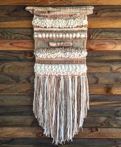 Made in Chile with natural wool and driftwood from Lago Puyehue. It takes me three weeks to do it and three more weeks to arrive. Weaving Textiles, Weaving Art, Loom Weaving, Tapestry Weaving, Hand Weaving, Wool Wall Hanging, Weaving Wall Hanging, Wall Hangings, Poncho Knitting Patterns