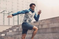 Arthur Kulkov is the latest top model to embrace an active shoot. Stepping into a starring role for ISAORA, Arthur models the label's latest activewear collection. Going for a New York run, Arthur is a picture of peak fitness as he runs, jumps and lunges in joggers, running shorts and leggings. Related