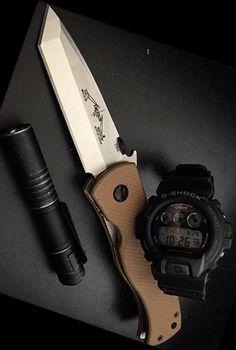Emerson CQC7V Desert Tan handles EDC Folding Pocket Knife with plain stonewashed blade - Everyday Carry Gear