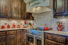 How To Clean & Remove Grease From Your Wood Cabinets – Frugal Blossom How To Clean & Remove Grease From Your Wood Cabinets – Frugal Blossom - Regular Clean Kitchen Cabinets Cleaning Wooden Cabinets, Kitchen Cabinets And Granite, Kitchen Tiles, Wood Cabinets, Kitchen Decor, White Cabinets, Diy Cabinet Refacing, Las Vegas, House Cleaning Tips
