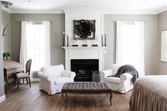 """Keep up to date on the latest news & stories from the host of HGTV's hit remodeling show """"Fixer Upper"""" & owner of the Magnolia Market, Joanna Gaines! Casas Magnolia, Home Bedroom, Bedroom Decor, Bedroom Ideas, Master Bedrooms, Bedroom Designs, Bedroom Inspiration, Bedroom Apartment, Painting Inspiration"""