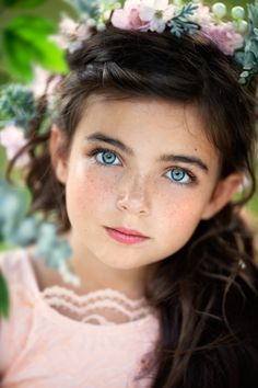 Sapphire blue eyes, brunette hair and a face as lovely as the young Elizabeth Taylor. - ARTFreeLife