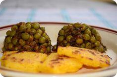 Mazare la Miercurea fara carne. De Romania, nu de Madagascar Madagascar, Cheddar, Baked Potato, Carne, Potatoes, Baking, Vegetables, Ethnic Recipes, Food