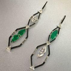 Emerald and diamond earrings by Nikos Koulis, photo by @kremkow